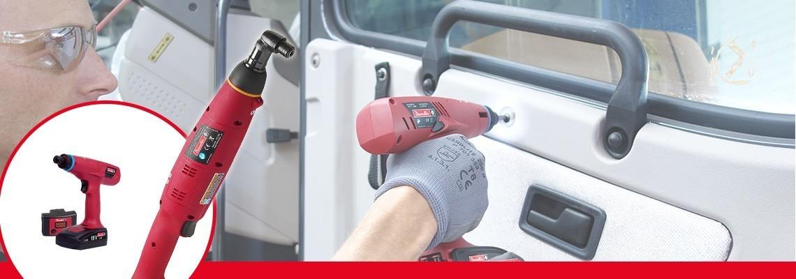 Seznamte se s řadou E-LIT od Desoutter Industrial Tools. Nejlepší ergonomie pro akumulátorové spojkové nářadí od 0,4 do 45 Nm, 2 rychlosti a konfigurační SW.